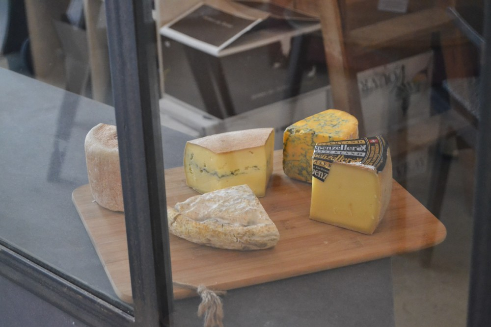 Lerouge aux lèvres La Rochelle, cave à manger - 13