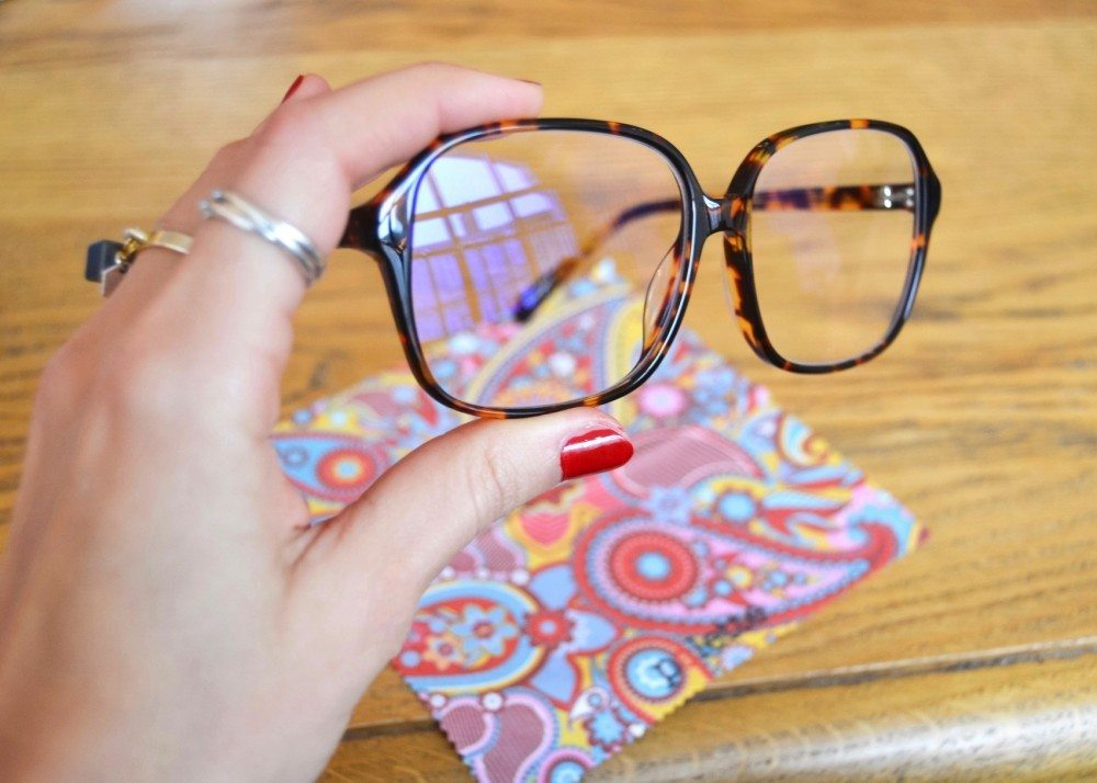 epolette lusine a lunettes 2