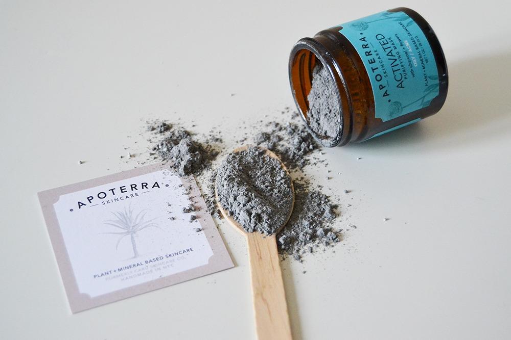 apoterra-skincare-oily-acne-skin-2-1000