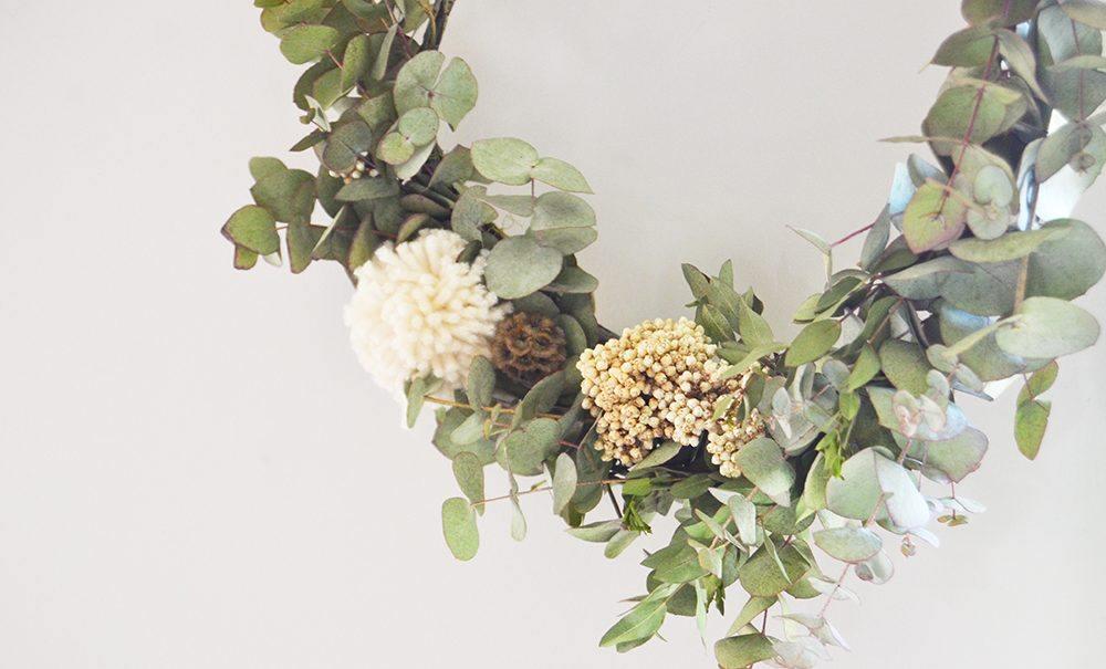 claire jaurand fleuriste la rochelle top knot and tea cups. Black Bedroom Furniture Sets. Home Design Ideas