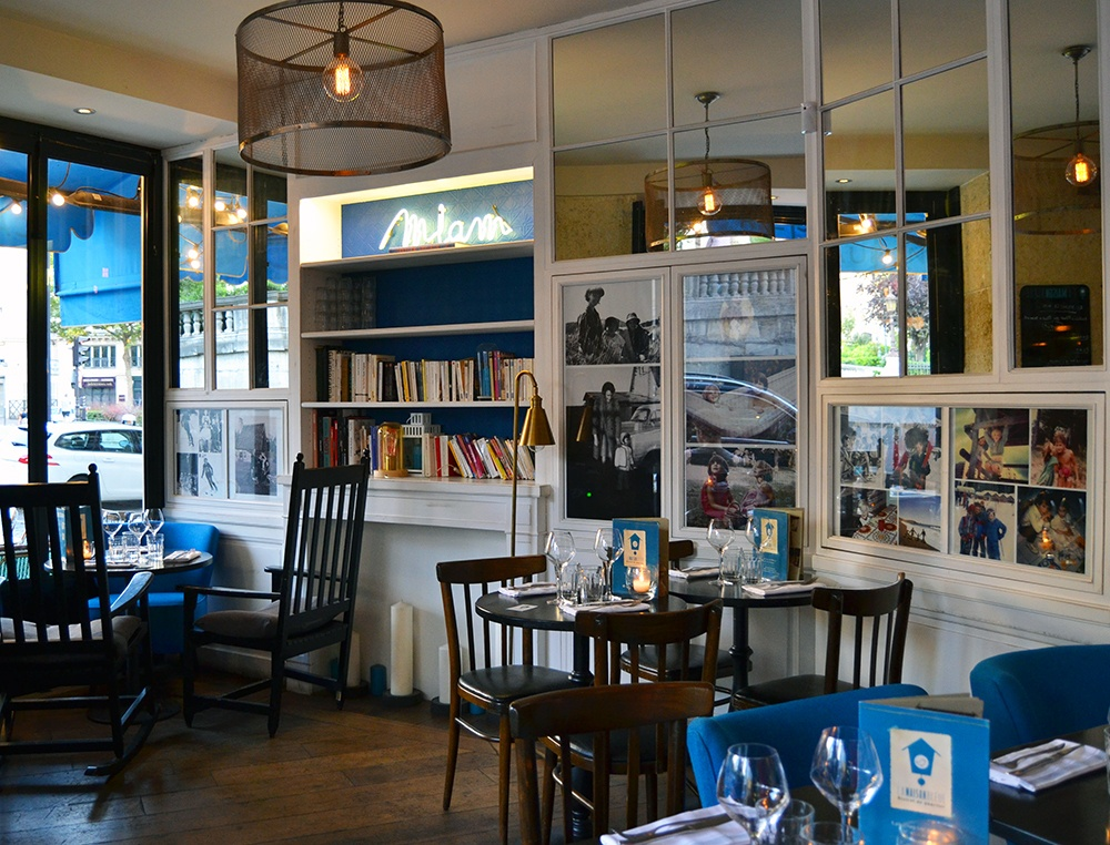 Paris-restaurant-La-Maison-Bleue-1