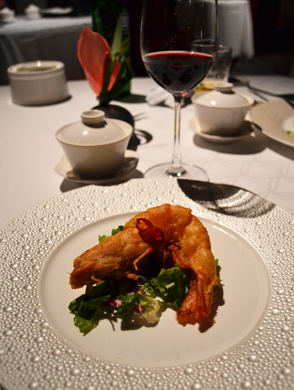 Voyage express taipei ta wan top knot and tea cups - Restaurant japonais cuisine devant vous ...