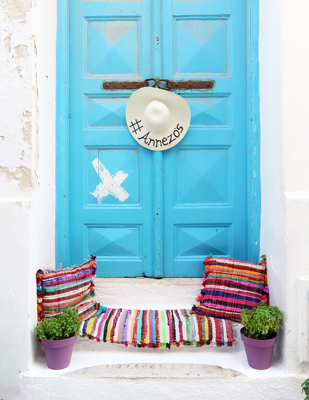 porte bleue mykonos grece