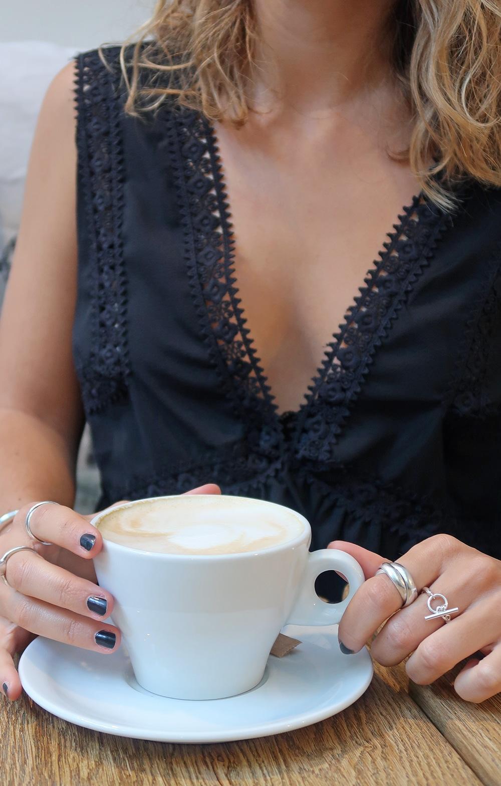 top dentelle shein café