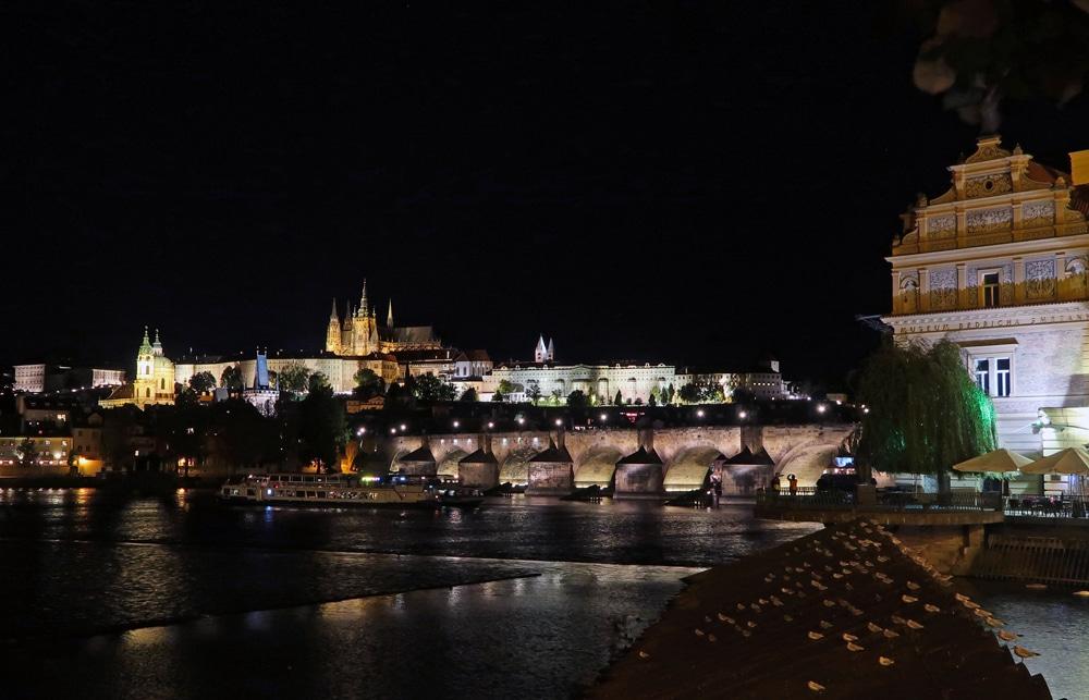 voyage Prague pont charles republique tcheque europe