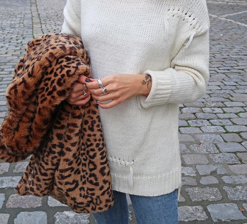 mum jeans cheap monday manteau leopard zara pull frange tatouage fleurs