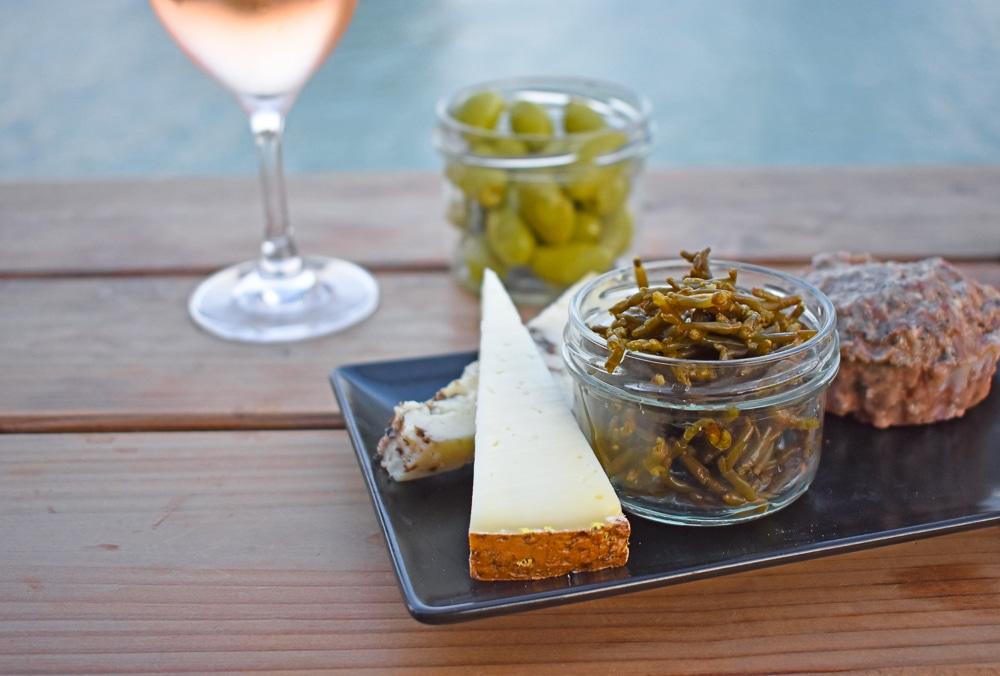 terrasse de la chaine prao la rochelle apero tapas fromage salicorne