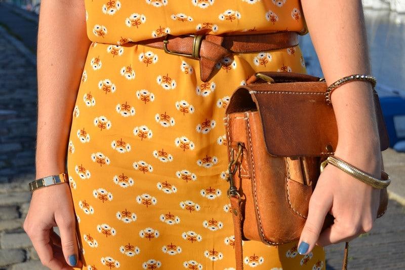 robe jaune marguerites