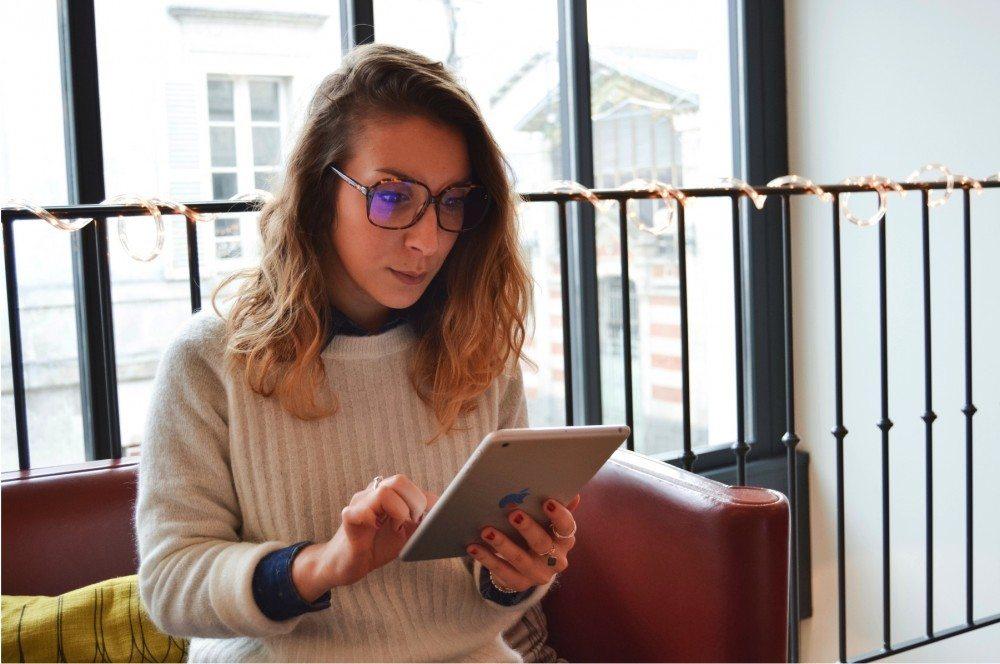 epolette lusine a lunettes 3