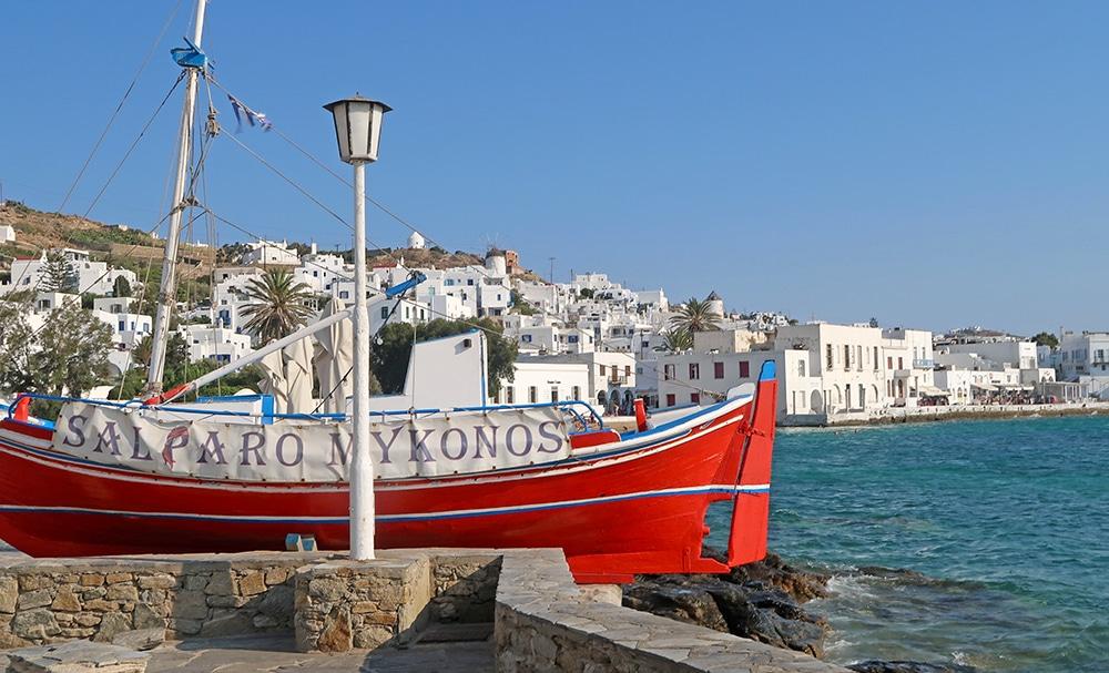 bateau mykonos chora port