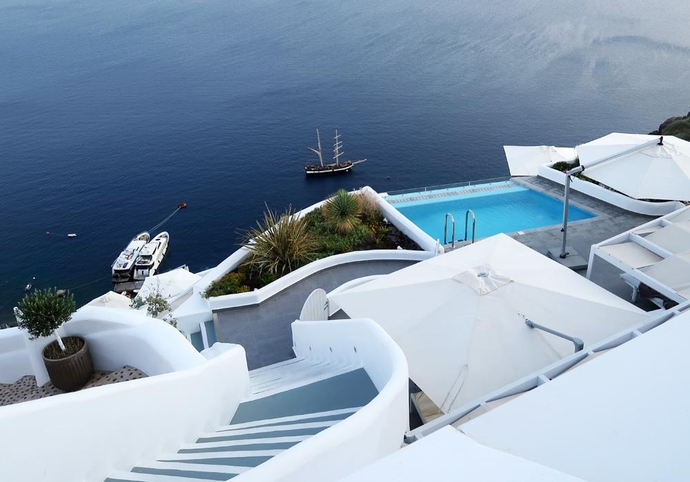 hotel caldera santorin grece