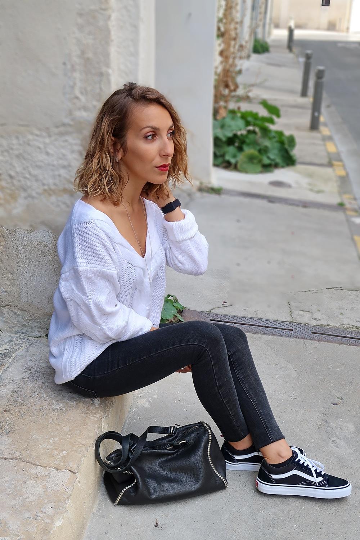 perfecto suedine marron pull blanc tricotperfecto suedine marron pull blanc tricot