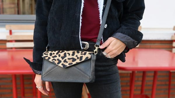 sac leopard veste denim fourrure