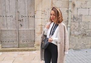 pull blanc sport colorblock manteau beige