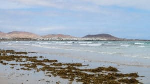 plage famara surf lanzarote